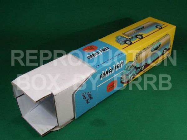 Corgi. #1129 Articulated Milk Tanker - Reproduction Box